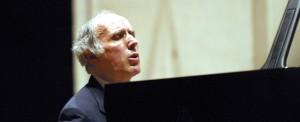 Accademia Musicale Chigiana - 10.03.2003-Concerto del M°B.CaninoPhoto by pietro cinotti©2003
